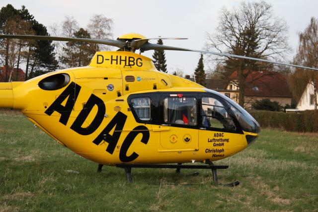 emergency physician, Rescue helicopters